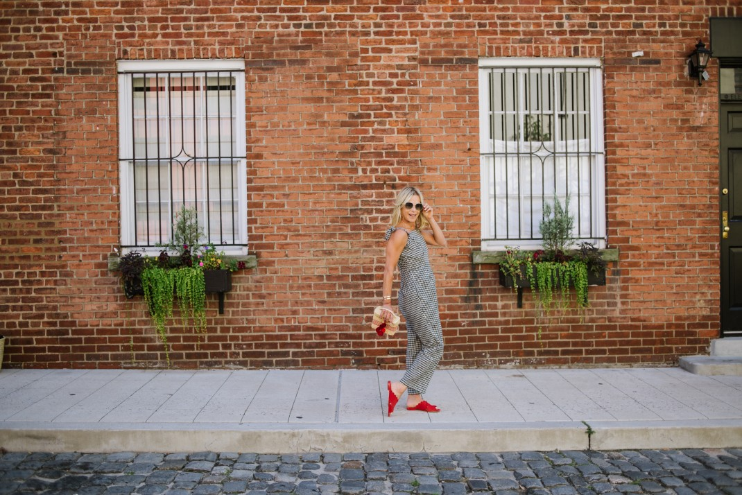 how to pee in a jumpsuit during ny fashion week