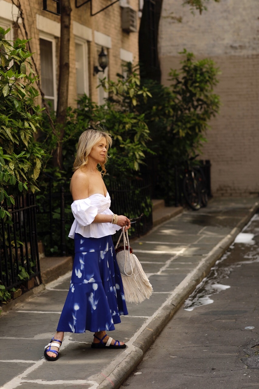 how to wear tie-dye for fall